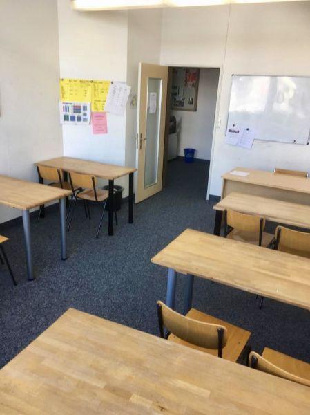 Schulzimmer Seminarraum Und Fitnessraum Raumsuchech Raum